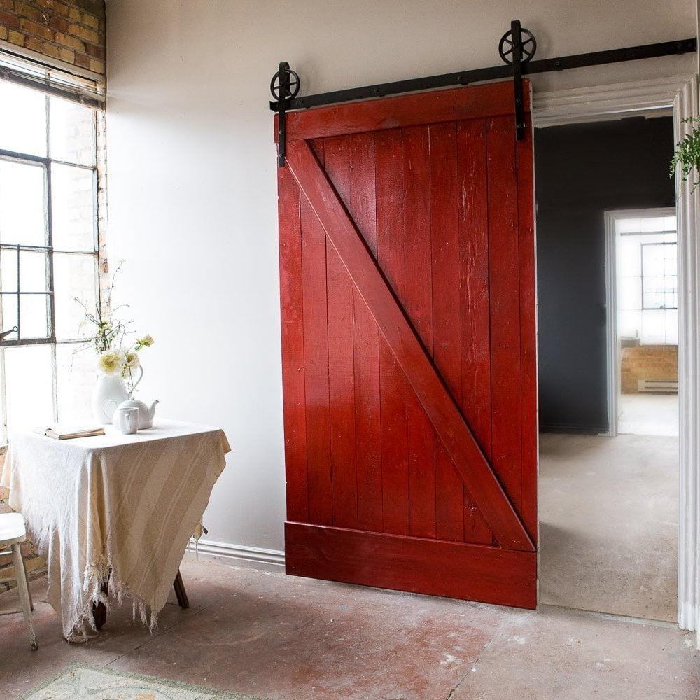 Амбарные двери в Сочи